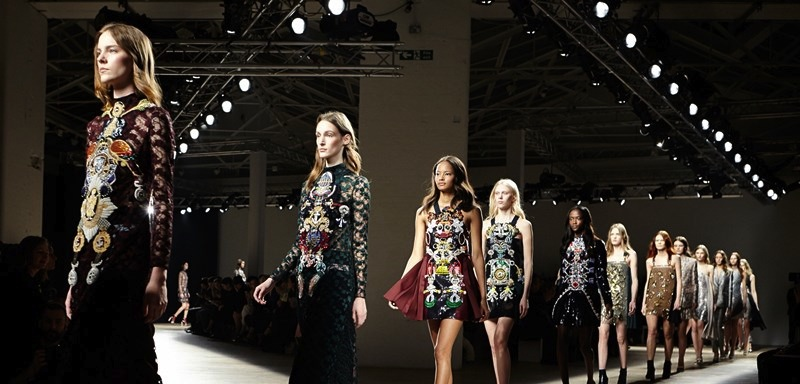 London Fashion Week AI15