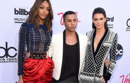 Olivier-Rousteing-con-Jourdan-Dunn-e-Kendall-Jenner_image_ini_620x465_downonly